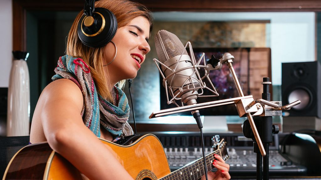 Top 5 Microphones for Singing on YouTube